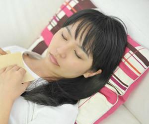 夜眠れない朝起きれない-ツボ-飲み物-アロマ-玉ねぎ-眠れないときに寝る方法-睡眠画像.jpg