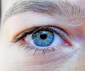 涙が出る 原因 ストレス 目が痛い 夜 勝手に涙が出る 病気 片目だけ 画像.jpg