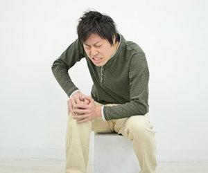 膝に水が溜まる-原因-治療法-運動-症状-画像.jpg