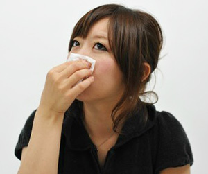 鼻血がよく出る原因 男性 女性 子供 大人 止め方 鼻血 止まらない病気 画像.jpg
