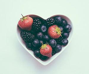 マキベリー-効能-効果-マキベリーパウダー-食べ方-1日の摂取量-ベリー画像.jpg